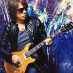 松本孝弘のギターの腕前がスゴイ…代表曲やタイアップ曲を調べてみた