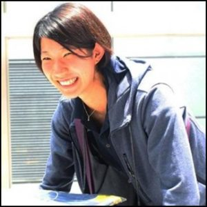 石井優希,かわいい,へそ