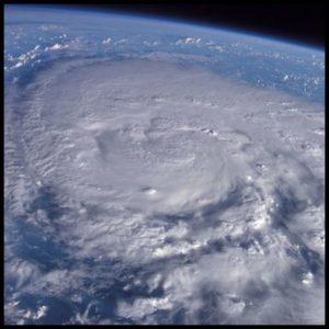 台風1号,パブーク