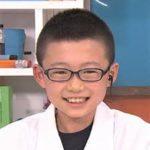 島本奏汰【天然石博士ちゃん】のwikiプロフ、小学校や家族を調査!